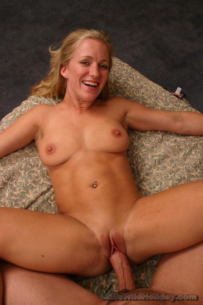 Real blonde women nudes